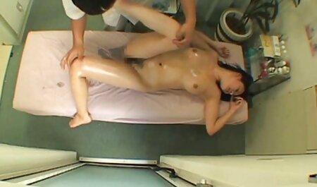 Chơi hai người đàn ông lớn và phim sex nhat bản khong che Bịt miệng